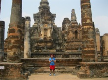 There's me demonstrating a standard hand position for a wai, oh yeah, I'm also standing among ancient ruins from the 13th century (Sukhothai).